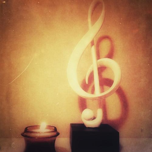 MAGENTA ORCHESTRA Feat Arif Dharma & Chandra Satria Medley GALAU