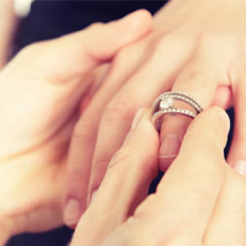 Darf man mit zwei Personen verheiratet sein?