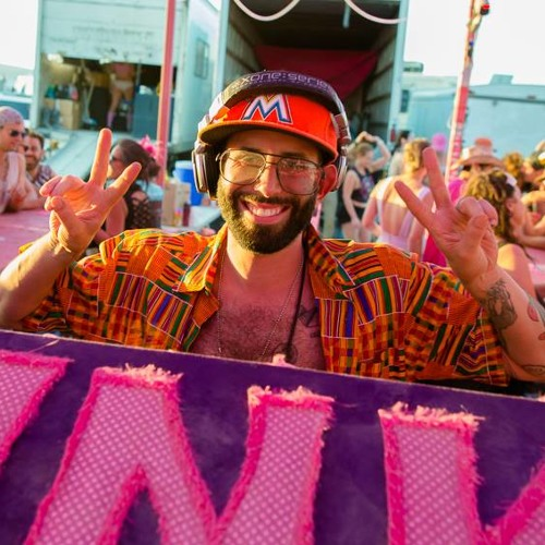 Soul Clap (Eli) at Pink Mammoth, BM 2013