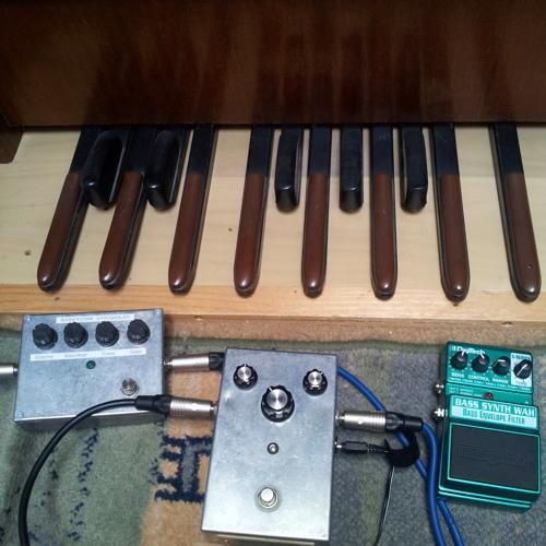 Hammond Bass Pedals BitCrushed