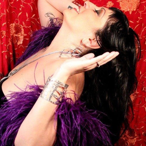 """Burlesque & Loving Who You, Are Right Now"" on ""You So Got This"" with Laura Klekar"