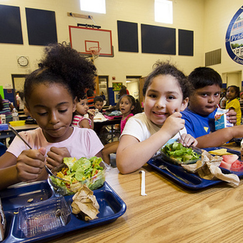 Morning Shift: Have school lunches in Chicago gotten any healthier?