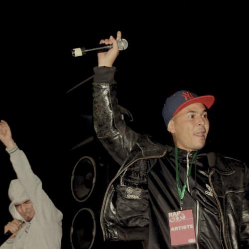 Diaz Feat Moh 4.4 - YGHIDNI EL HAL (2004)