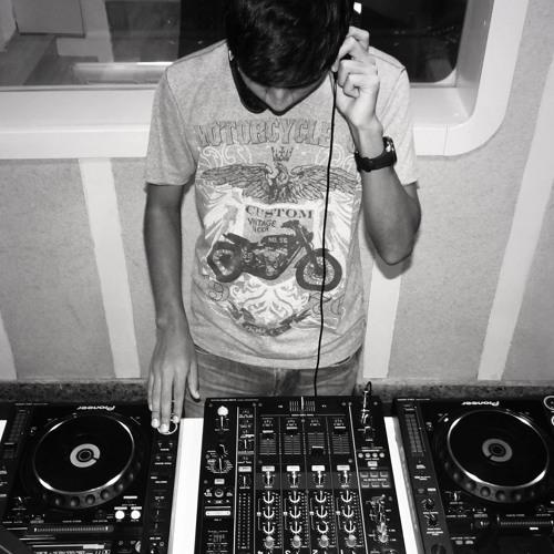 Lobo (Original Mix)
