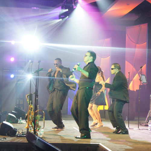 Motown Medley - The Headliners Band
