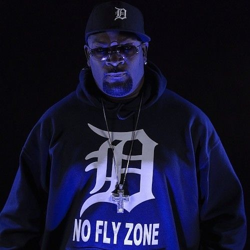 """Trick-Trick Feat. Royce Da 5'9"""" & K Young No Fly Zone"""
