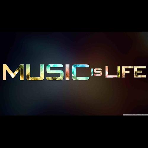 Fetti Brano ft Sheek Hanif - Studio Life