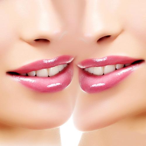 Lipgloss Twins - Wannabe