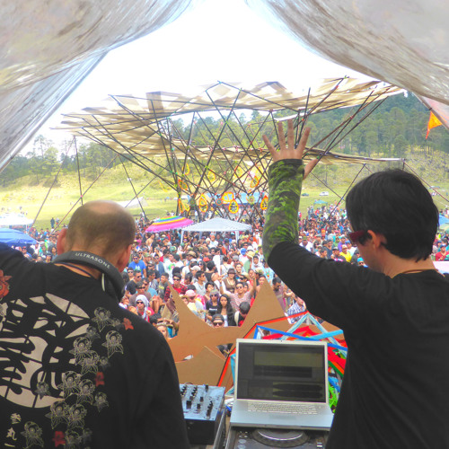 Everblast (Earthling & Chromatone) LIVE @ The Aeon Gathering, Mexico May. 2014
