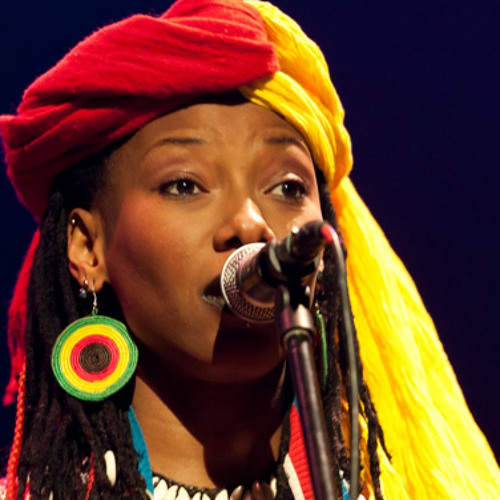 Hard Knock Radio -Interview w/  Fatoumata Diawara 04 -30 -14