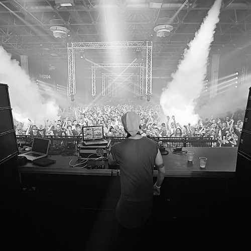 HOT X  @ HYPERSPACE 2014 live - Budapest