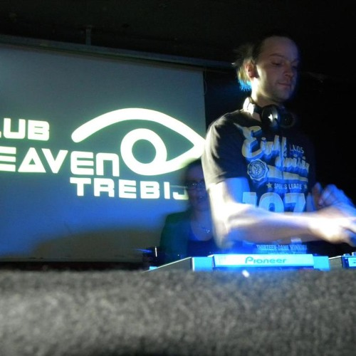 Live@ LoMas @Heaven Reunion (Club Ostriga) 5.4.2013
