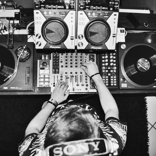 PlayOn RADIO SHOW #10 12052014 Luca Burbello