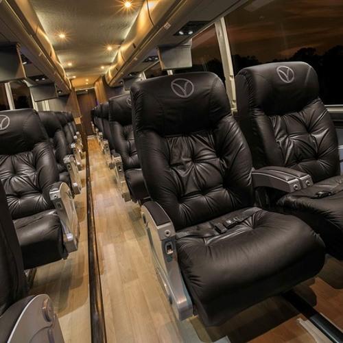 Vonlane Coach to Austin - Texas Road Trippin'