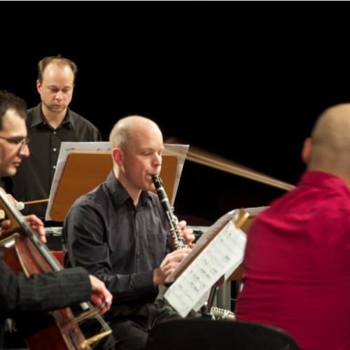 dietro V avanti  (2006-7; ensemble mosaik, live recording)