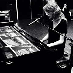 All To Well - Taylor Swift (Live at Grammy Awards 2014)