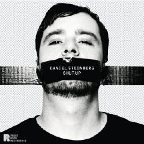 Daniel Steinberg - On The Train