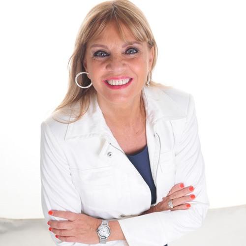 -03/02/14- Entrevista a Catalina Hornos en Radio 10- Teté Coustarot