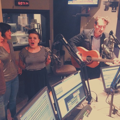 """""""Your Sweet And Shiny Eyes"""" performed by Peter Matthew Bauer on WXPN"""
