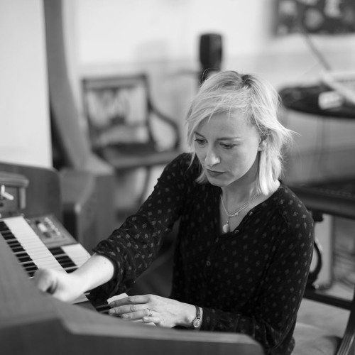 Cathy Davey | Dog (formats)