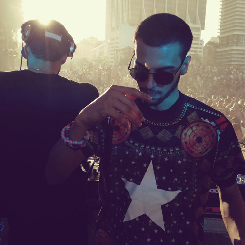 THE MARTINEZ BROTHERS - Live At Ultra 2014 - Sunday Underground Stage