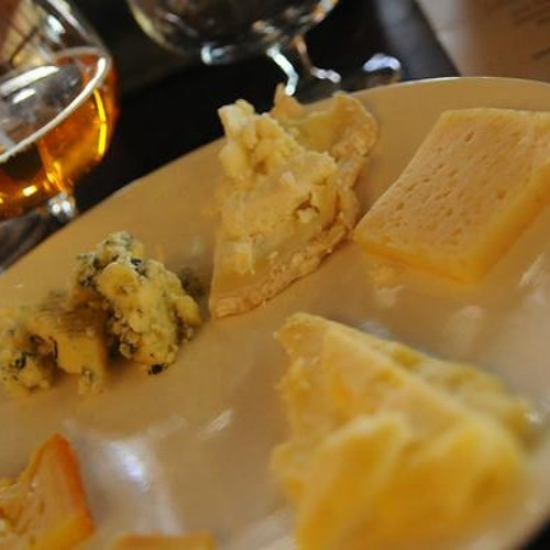 A cheesemonger's advice for pairing beer and cheese (plus 5 combinations to try)
