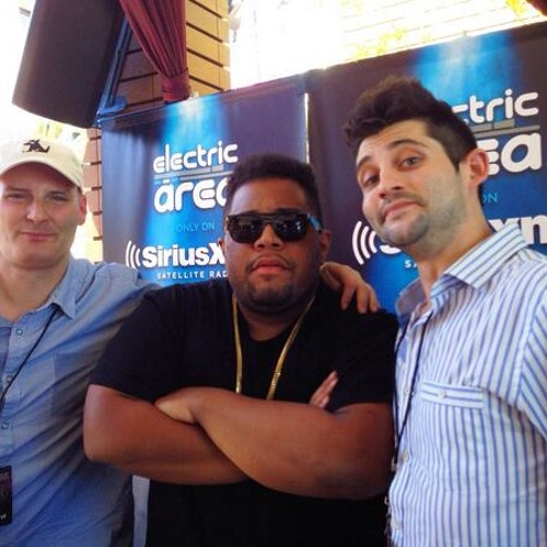 EDC Vegas 2014: Carnage Trades Stories and Checks Out Girls w/ Liquid Todd