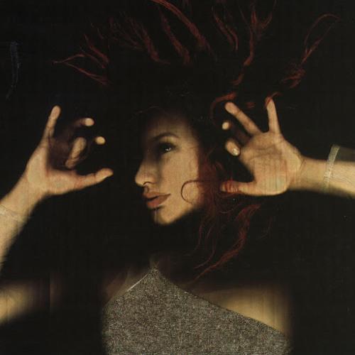 Tori Amos - Iieee (Montaz Remix)