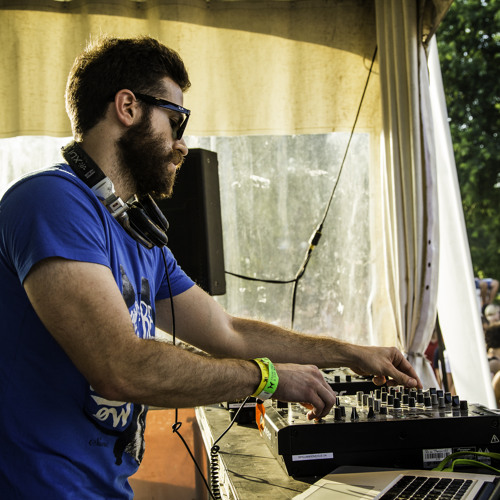 Coyu Live Set At Piknik Montreal June 29 2014