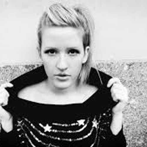 Ellie Goulding - Lights (AudioSquid Remix) (Download link in description)