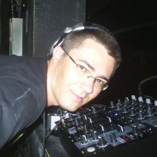 RODRIGO SOARES - DARK DUB ( ORIGINAL MIX )