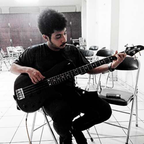 Muse - Hysteria (Bass Cover) by Febrian Ruby T | Free