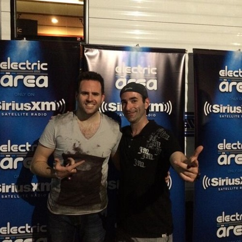"""EDC Vegas 2014: Gareth Emery on the Meaning of """"Drive"""" and EDM in North America w/ Danny Valentino"""