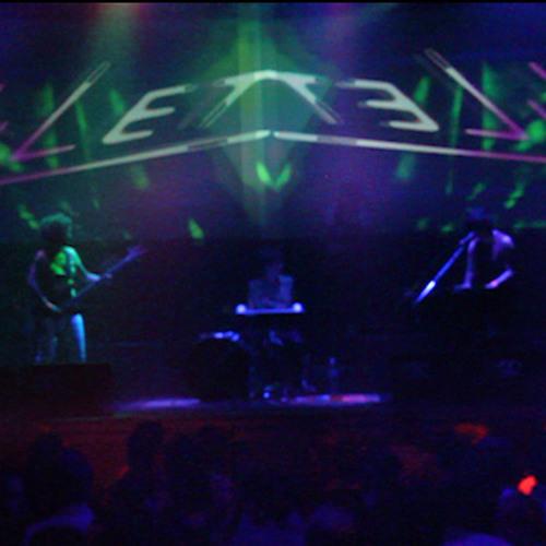 YiLet - Barco demo 2013