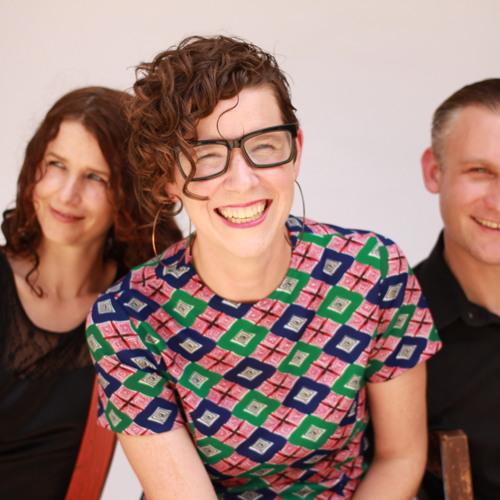 Elizabeth McQueen Trio : You're to Blame (Live)