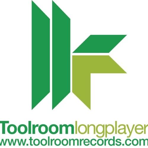 Kolombo, Sammy W & Alex E -  Play Ur Chick (Anthony Attalla Remix)