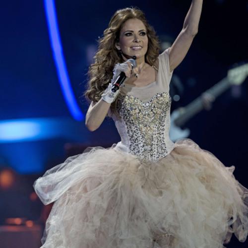 Gloria Trevi Vestida De Azucar En Vivo Viña Del Mar 2013