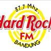 Lorde - Royals (Meda cover version live from Hard Rock 87.7FM)
