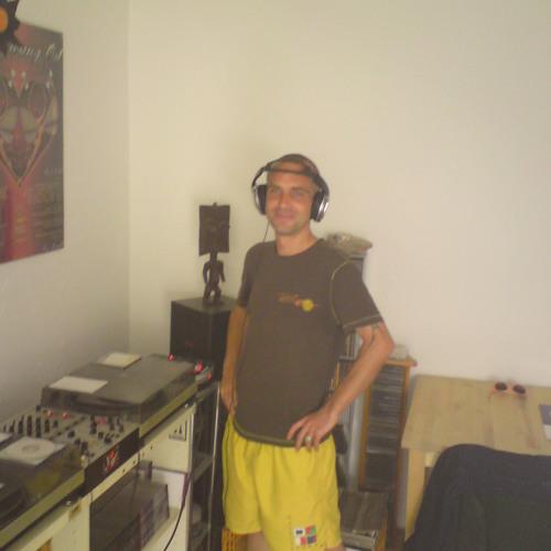 Nimo Podcast # 001 - Nico Ramirez