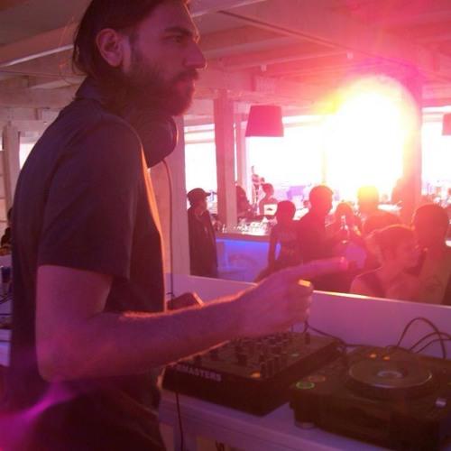 DJ Tarkan - No Smoking (March 4, 2009)