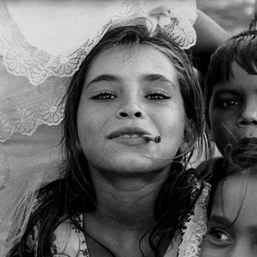 черно белые фото цыган порог нашего заведения