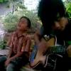 Pengamen Kecil Dengan Suara Merdu - Lagu Untuk Ayah & Ibu