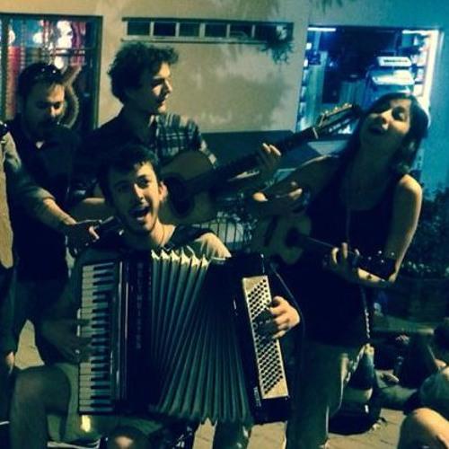 Sokak Kahvesi Orkestrası