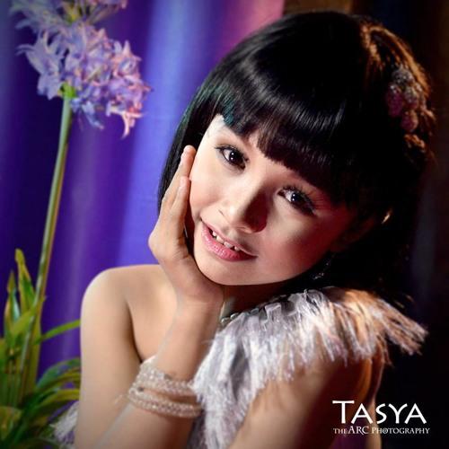 Tasya - Secawan Madu