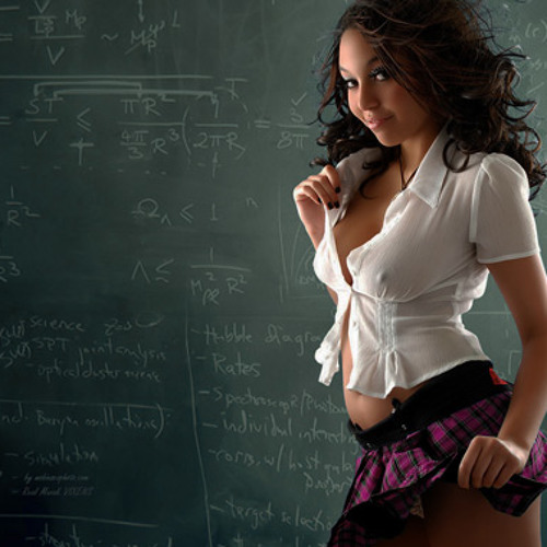sex учитель оставил свою молоденькую ученицу в классе