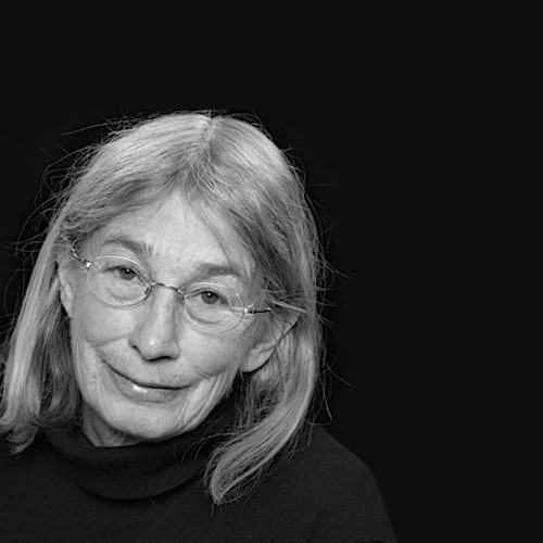"Mary Oliver reads ""Wild Geese"""