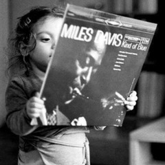 Asia J. Feat. Smoovth (prod. Aneeway Jones) - Avec Miles Davis