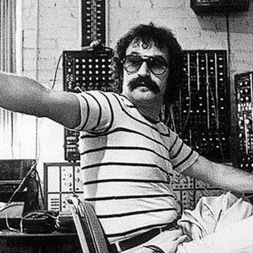 LiveSet: DJ VINJAY vs DAFT PUNK Feat. GIORGIO MORODER - GIORGIO BY MORODER (Live on Synthesizers)