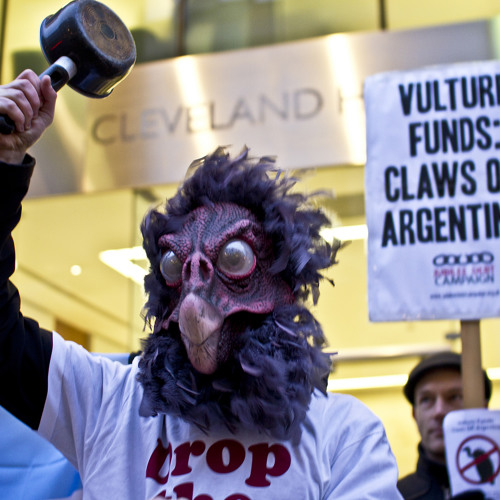 Analyzing the Debt Crisis in Argentina (Lp10172014)