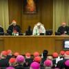Papa Francisco tenta, mas mulheres e homossexuais continuam distantes da Igreja Católica